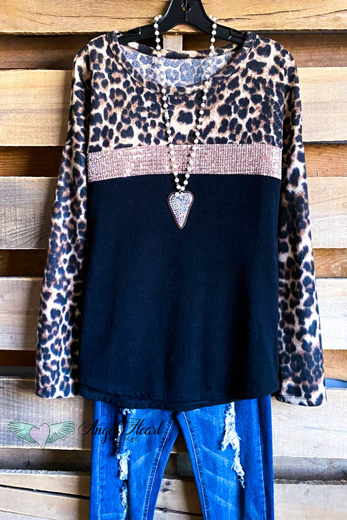 Wrapped In Love Top - Leopard/Pink