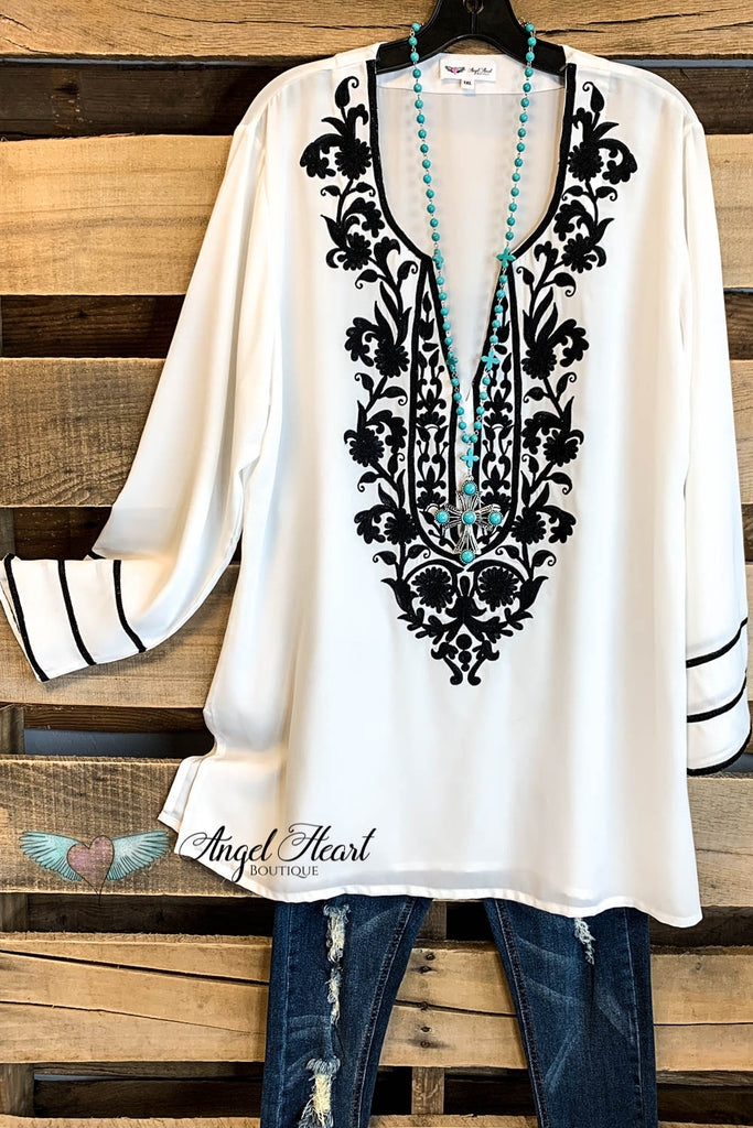 AHB EXCLUSIVE: Singing to My Soul Blouse - Moss White