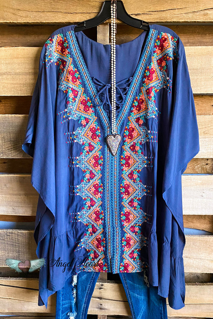 Nostalgia Nights Tunic - Midnight Blue