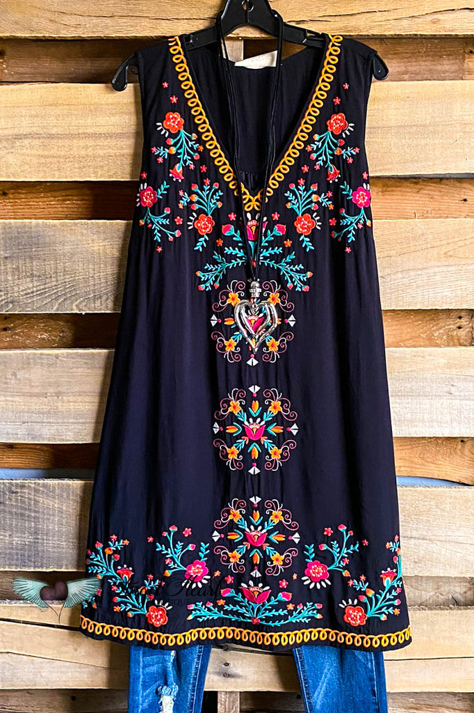A Romantic Run Dress - Black