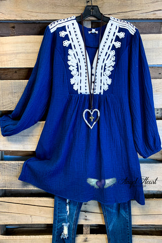 AHB EXCLUSIVE: Like A Dream To Me Tunic - White