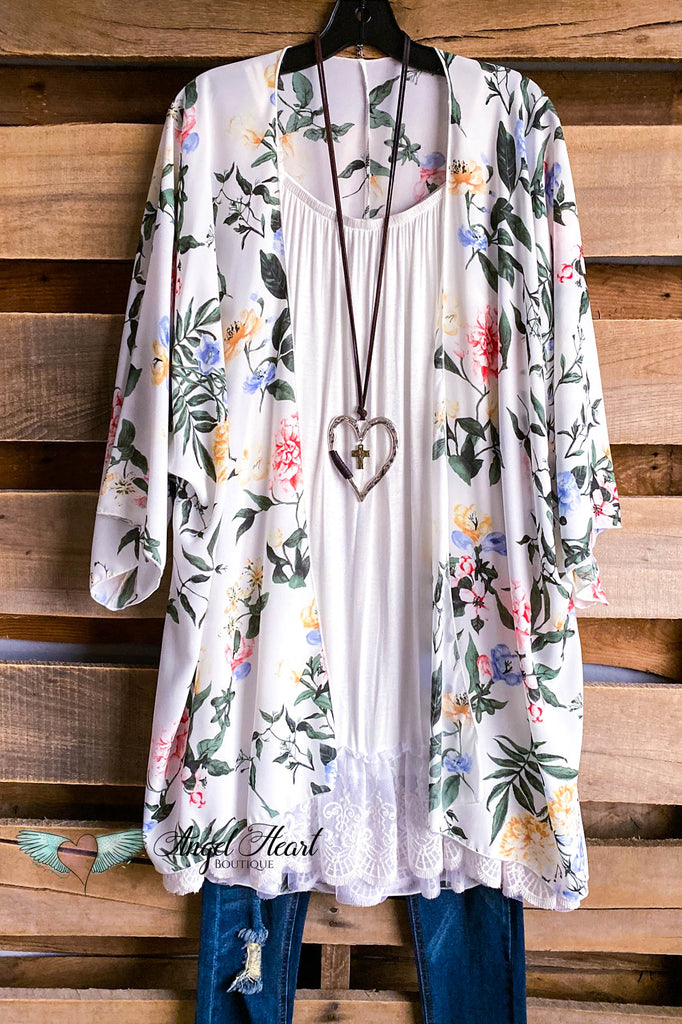 Over The Moon Kimono - Ivory - DOORBUSTER