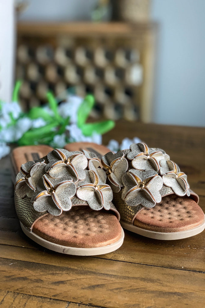 GOOD CHOICE: Memory Foam Sandals - Gold