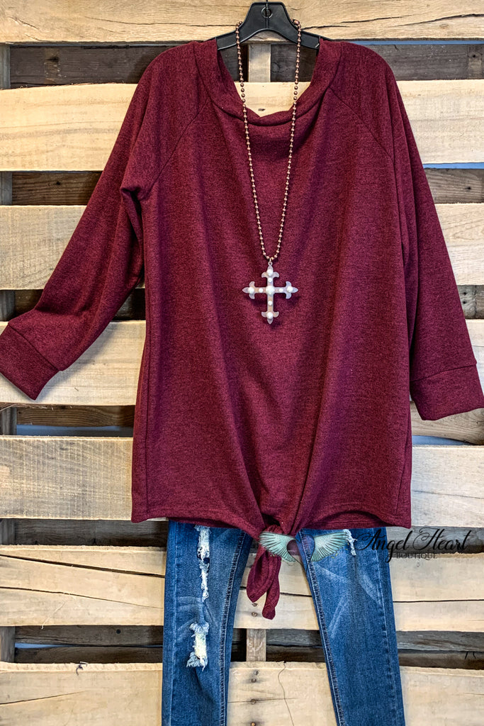 Taking it Easy Top - Burgundy - SALE