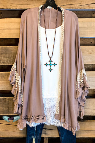 Unexplained Smiles Vest - Taupe