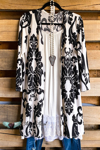 AHB EXCLUSIVE: Spin You Around Tunic - Ivory