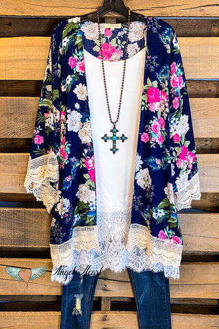 Don't Let Go Of Love Kimono - Navy - SALE