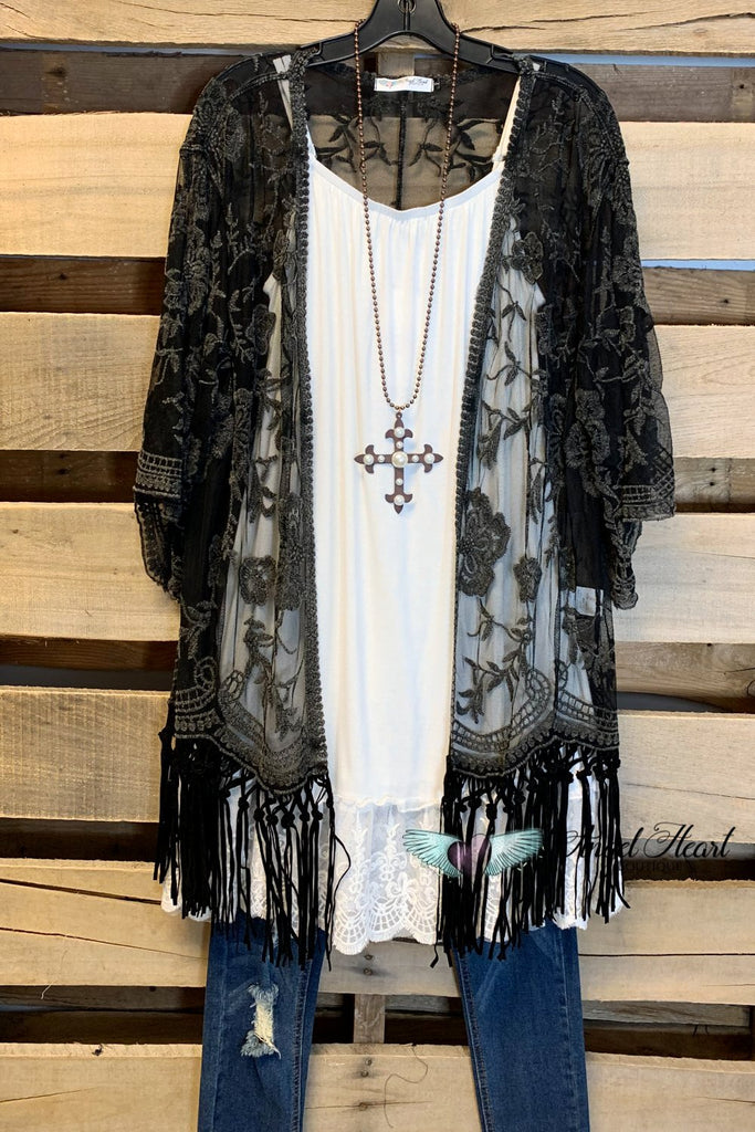AHB EXCLUSIVE: Lace Fringe Waist Length Kimono - Black
