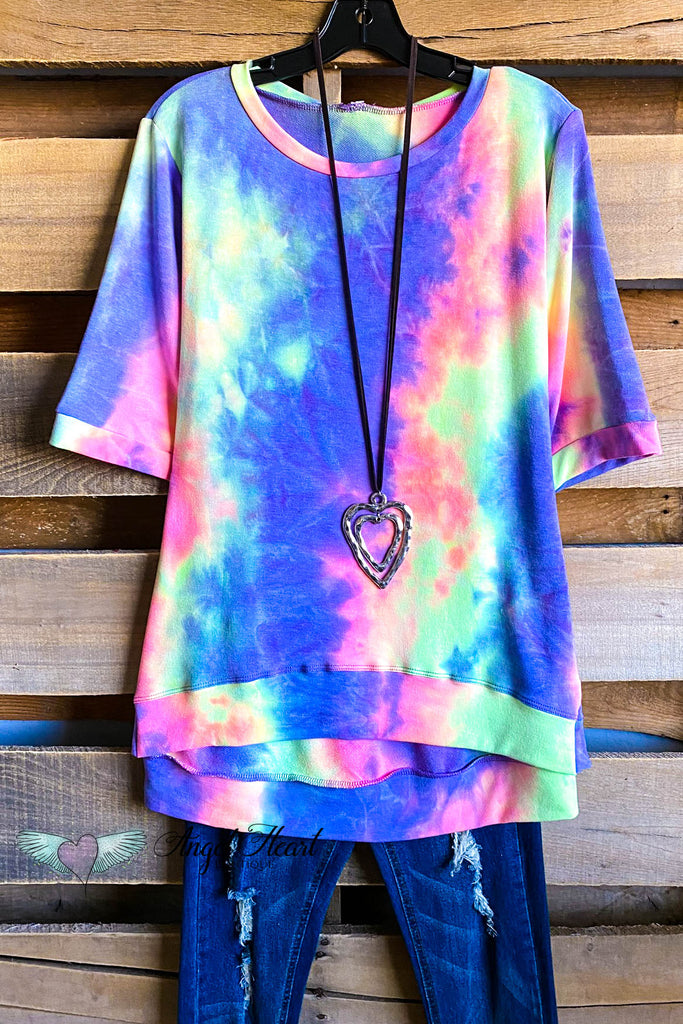Over The Rainbow Top - Blue/Pink