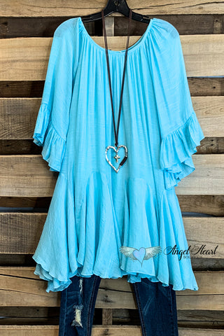 AHB EXCLUSIVE: Pretty Hearts Top - Lt. Blue