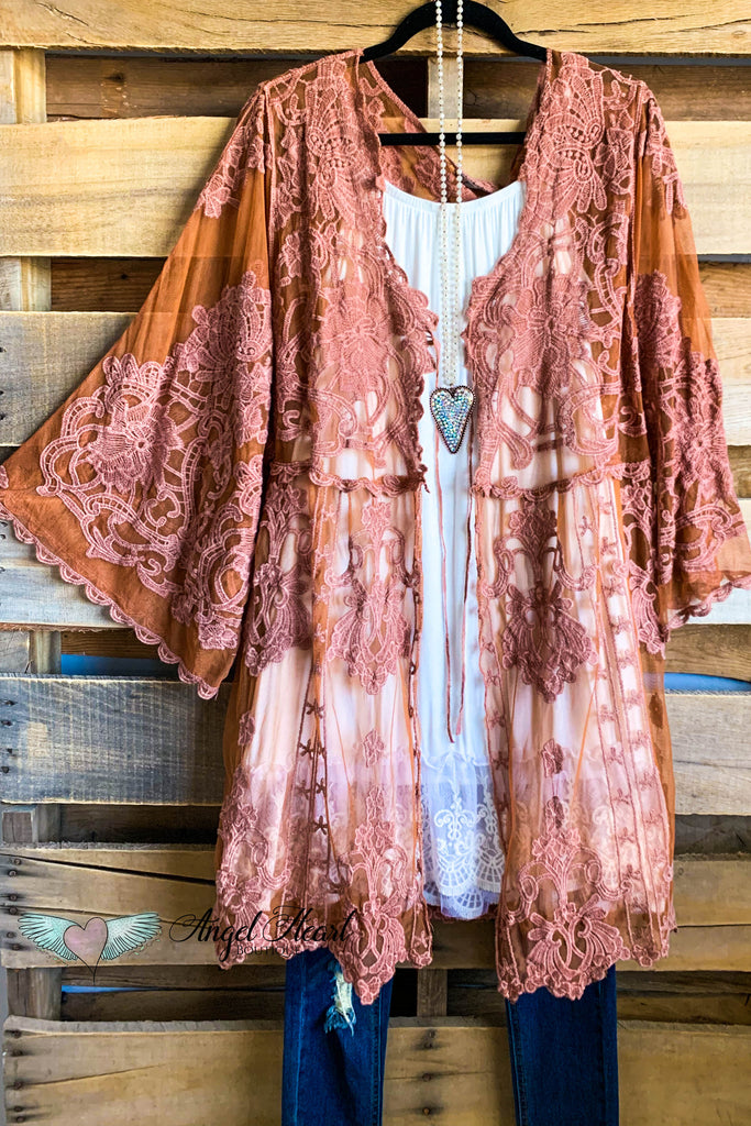 AHB EXCLUSIVE: Holding Hands Lace Kimono - Rust