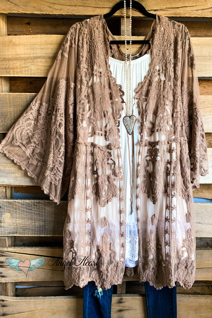 AHB EXCLUSIVE: Holding Hands Lace Kimono - Mocha