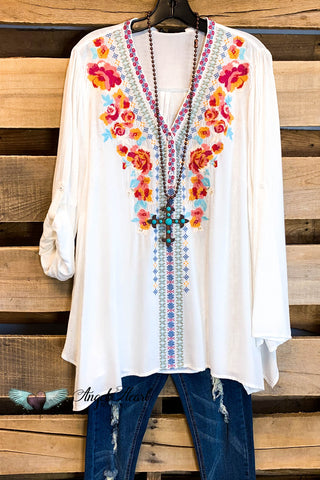 Mad About Summer Top - Ivory