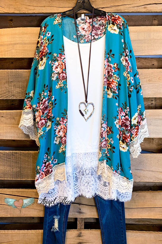 Well Loved Kimono - Sky Mix - SALE