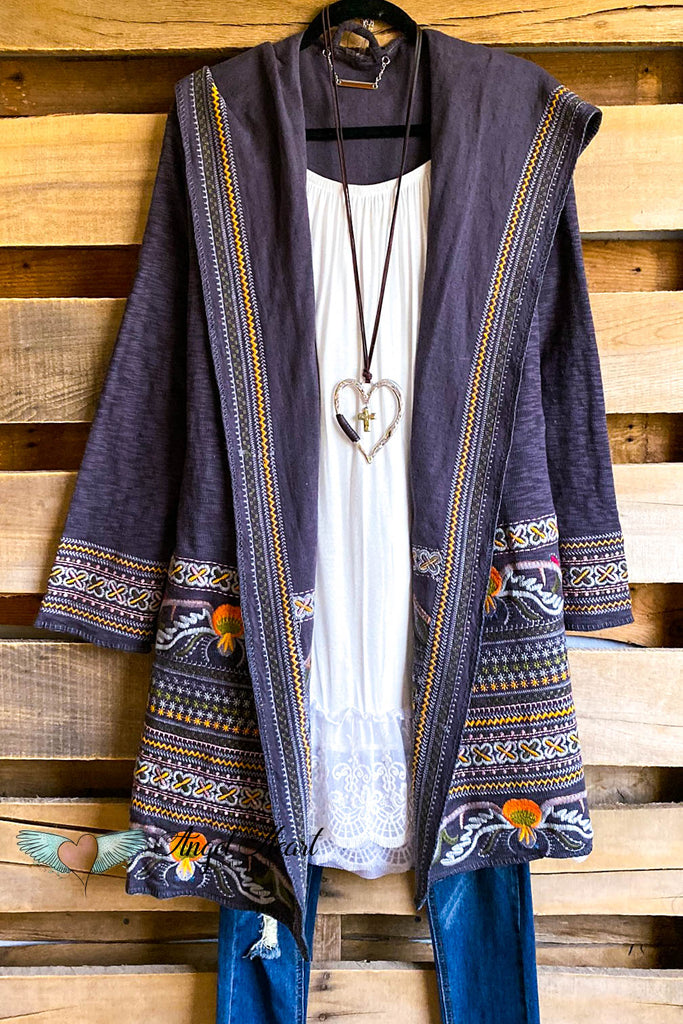 PAPARAZZI EXCLUSIVE: Graceful Statement Cardigan - Gray