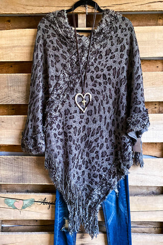 AHB EXCLUSIVE - What a Beauty Kimono - Taupe