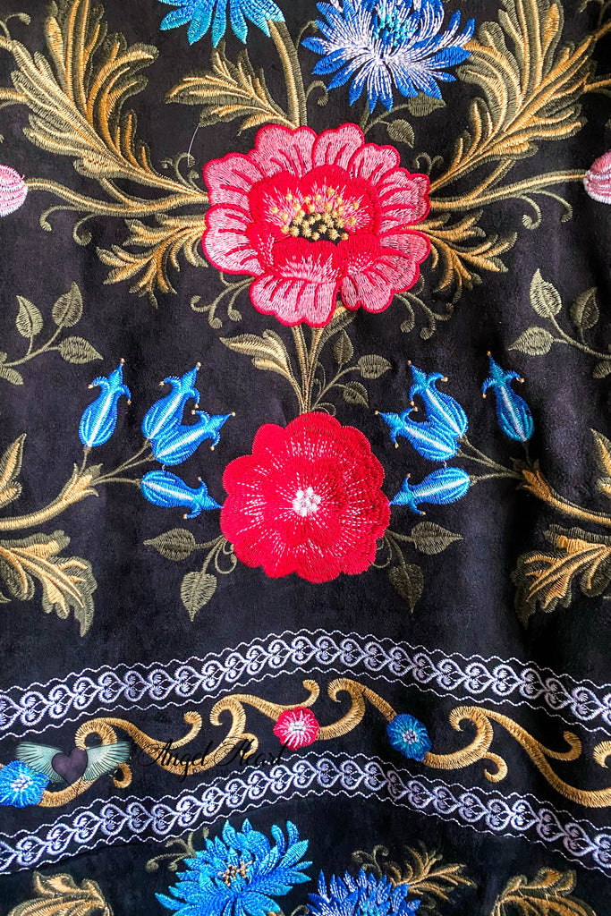AHB EXCLUSIVE: Elegance Everywhere Embroidered Coat- Black