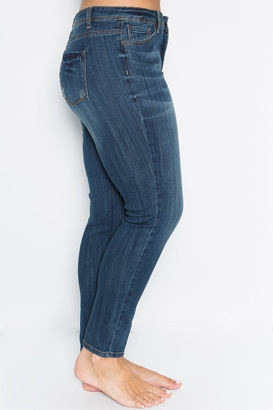 Let's Catch Up Skinny Jeans - Mid Wash [product type] - Angel Heart Boutique