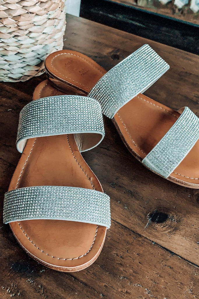 GOOD CHOICE: Milky Way Walk Sandals - Silver
