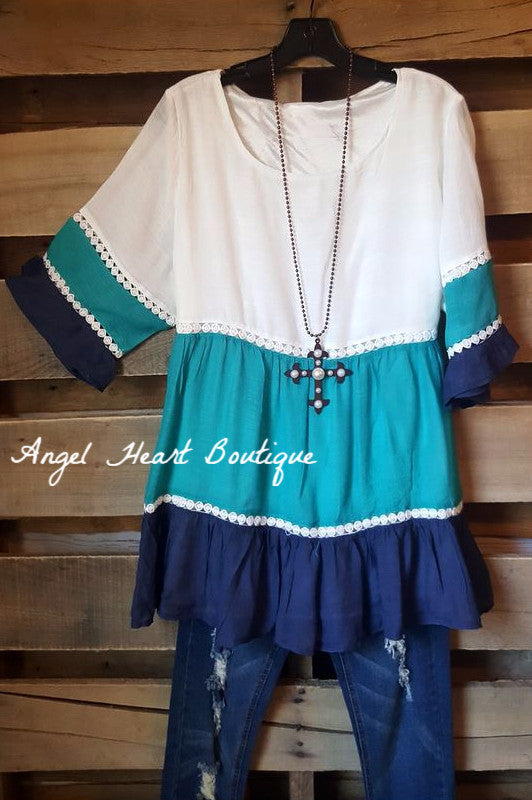 Dreaming in Three Tones Top [product type] - Angel Heart Boutique