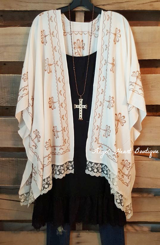 She's Got A Way Kimono -Cream - Angel Heart Boutique - Cardigan - Angel Heart Boutique  - 1