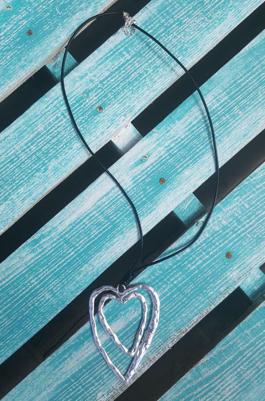 Chasing Love Necklace - Angel Heart Boutique - Necklace - Angel Heart Boutique  - 2