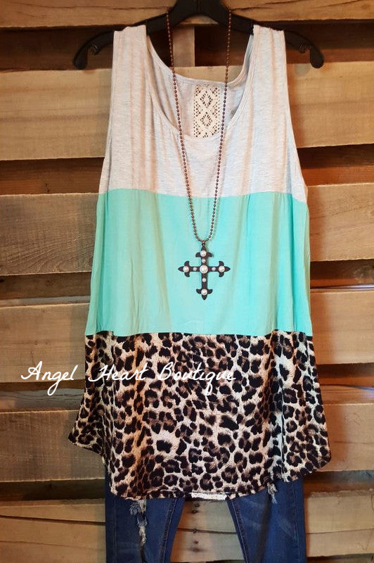 Beauty in Three Tones Top - Mint