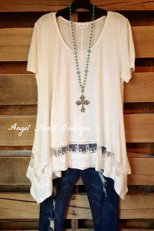 Set On The Classics Tunic - Off White - Umgee - Tunic - Angel Heart Boutique