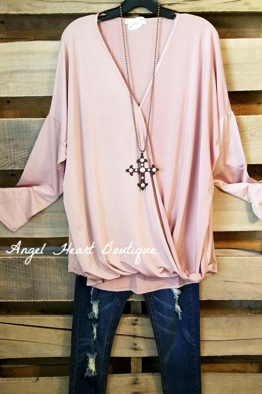 Only Thing That Matters Tunic - Black - Sassybling - Tunic - Angel Heart Boutique  - 2