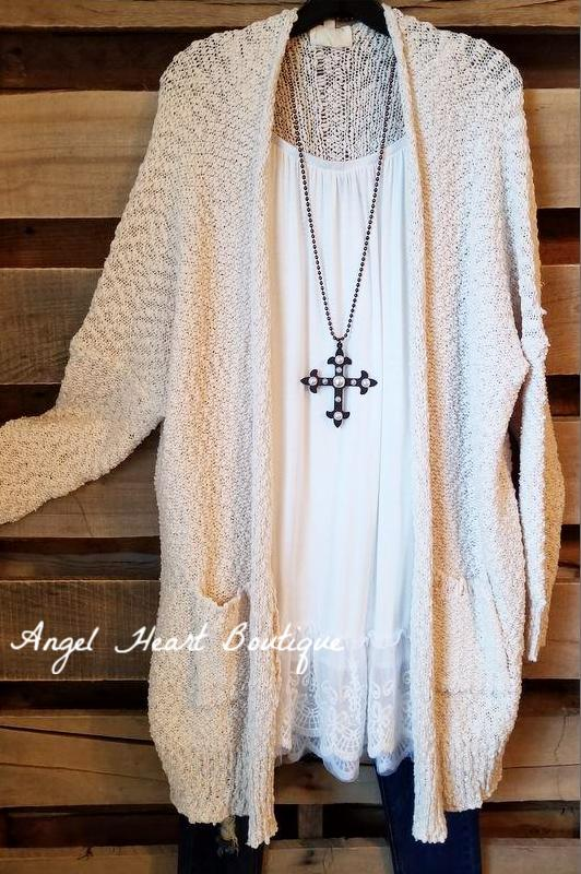 Case Of The Cozy Cardigan - Cream