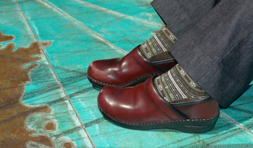 Are Clogs a Foot-Healthy Choice
