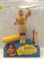 (TAS031380) - WWE WWF WCW Wrestling Toothbrush Stand and Holder - Hulk Hogan, , Bath, Wrestling, The Angry Spider Vintage Toys & Collectibles Store