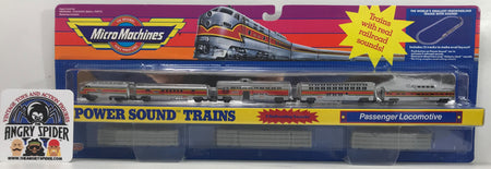 TAS040396 - 1990 Galoob Micro Machines Power Sound Trains Passenger Locomotive