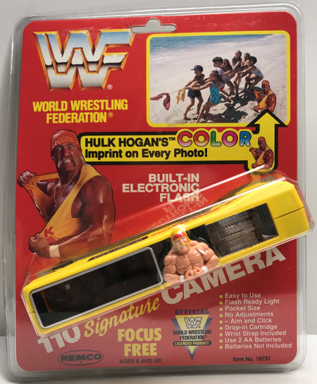 TAS038591 - 1991 Remco WWF WWE 110 Signature Camera Hulk Hogan
