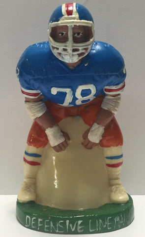 TAS011001 - Vintage NFL Football Defensive Lineman Bank
