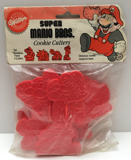 (TAS000020) - 1989 Wilton Nintendo Super Mario Bros. Cookie Cutters