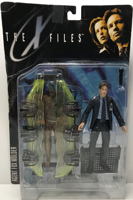 TAS039872 - 1998 McFarlane Toys The X Files - Agent Fox Mulder