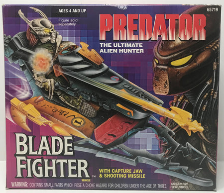 TAS041344 - 1993 Kenner Predator The Ultimate Alien Hunter Blade Fighter