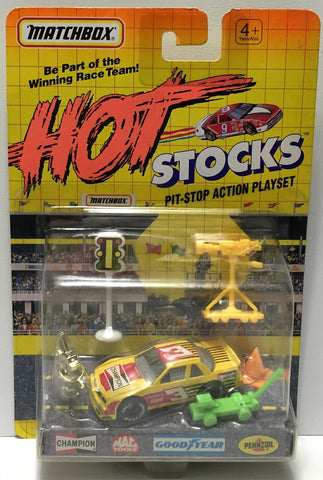 (TAS034252) - Matchbox Hot Stocks Pit-Stop Playset - Champion #3, , Trucks & Cars, Matchbox, The Angry Spider Vintage Toys & Collectibles Store  - 1