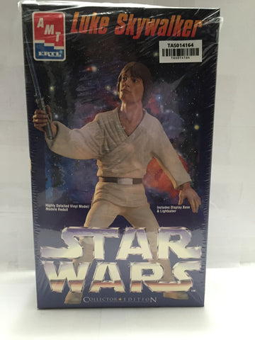 "(TAS014164) - ERTL Star Wars Collector Edition Vinyl Model ""Luke Skywalker"", , Action Figure, Ertl, The Angry Spider Vintage Toys & Collectibles Store  - 1"