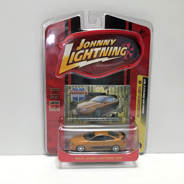 (TAS033813) - 2007 Johnny Lightning Modern Muscle Car - 2004 Pontiac GTO, , Trucks & Cars, Johnny Lightning, The Angry Spider Vintage Toys & Collectibles Store  - 1