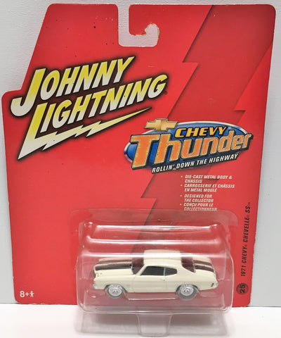 (TAS033869) - 2006 Johnny Lightning Thunder - 1971 Chevy Chevelle SS, , Trucks & Cars, Johnny Lightning, The Angry Spider Vintage Toys & Collectibles Store  - 1