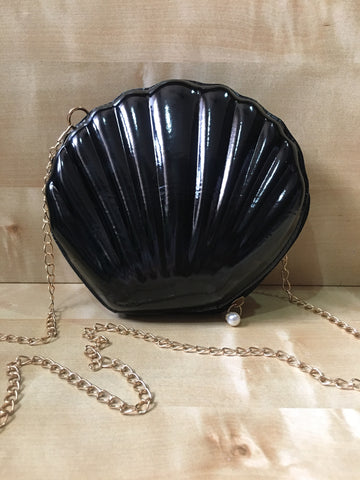 Black Shell Sling Bag With Gold Chain