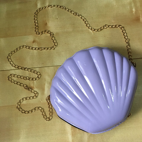 Lavender Shell Sling Bag With Gold Chain