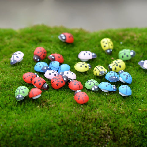 100Pcs Wooden Ladybird Ladybug Sticker Kids Painted Adhesive Craft Home Party Decoration DIY Hot Sale