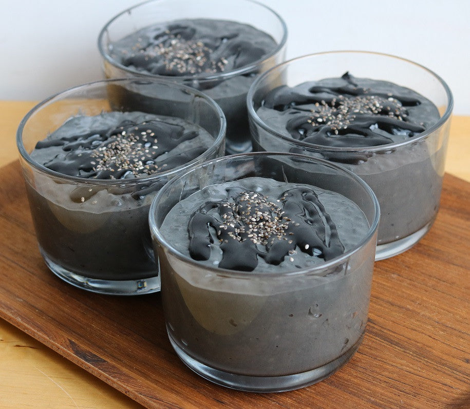Black Chia Pudding with Greek yogurt - for your hair beauty