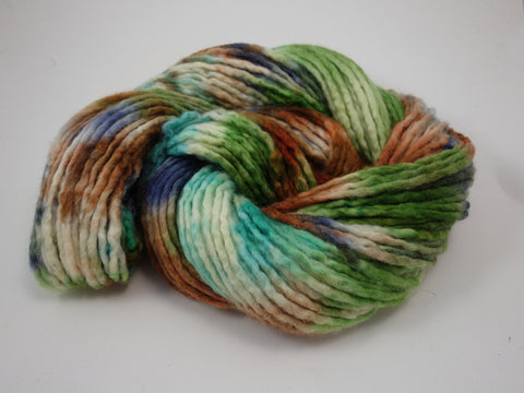 BFL Wool Pencil Roving. Hand Dyed ~200g, Super Bulky Yarn. Variegated Colourway.