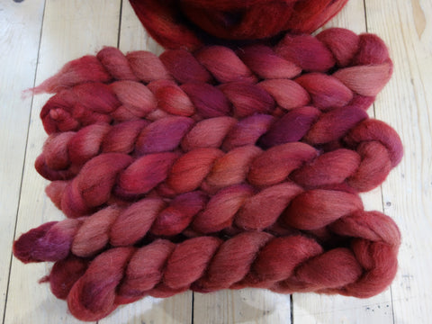 Shetland Sweater Pack, 100g, Hand Dyed Combed Top