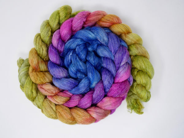 Corriedale, Yak, Rose, Hand Dyed Gradient, Combed Top, 100g