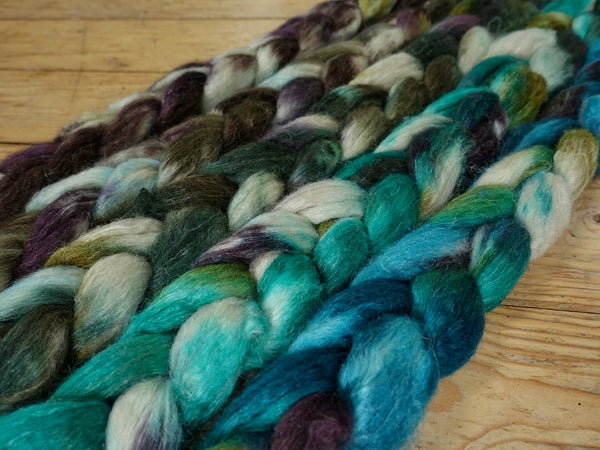 Fade Pack- Romney, Silk & Linen, 5 co-ordinating braids, Hand Dyed Wool, 500g